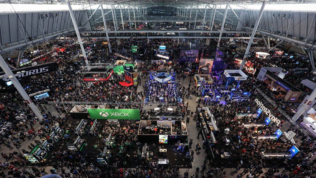 pax east exhibit hall, pax east crowd, pax east 2018, gigamax games, gigamax,